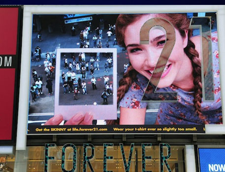 Forever 21: Interactive OOH